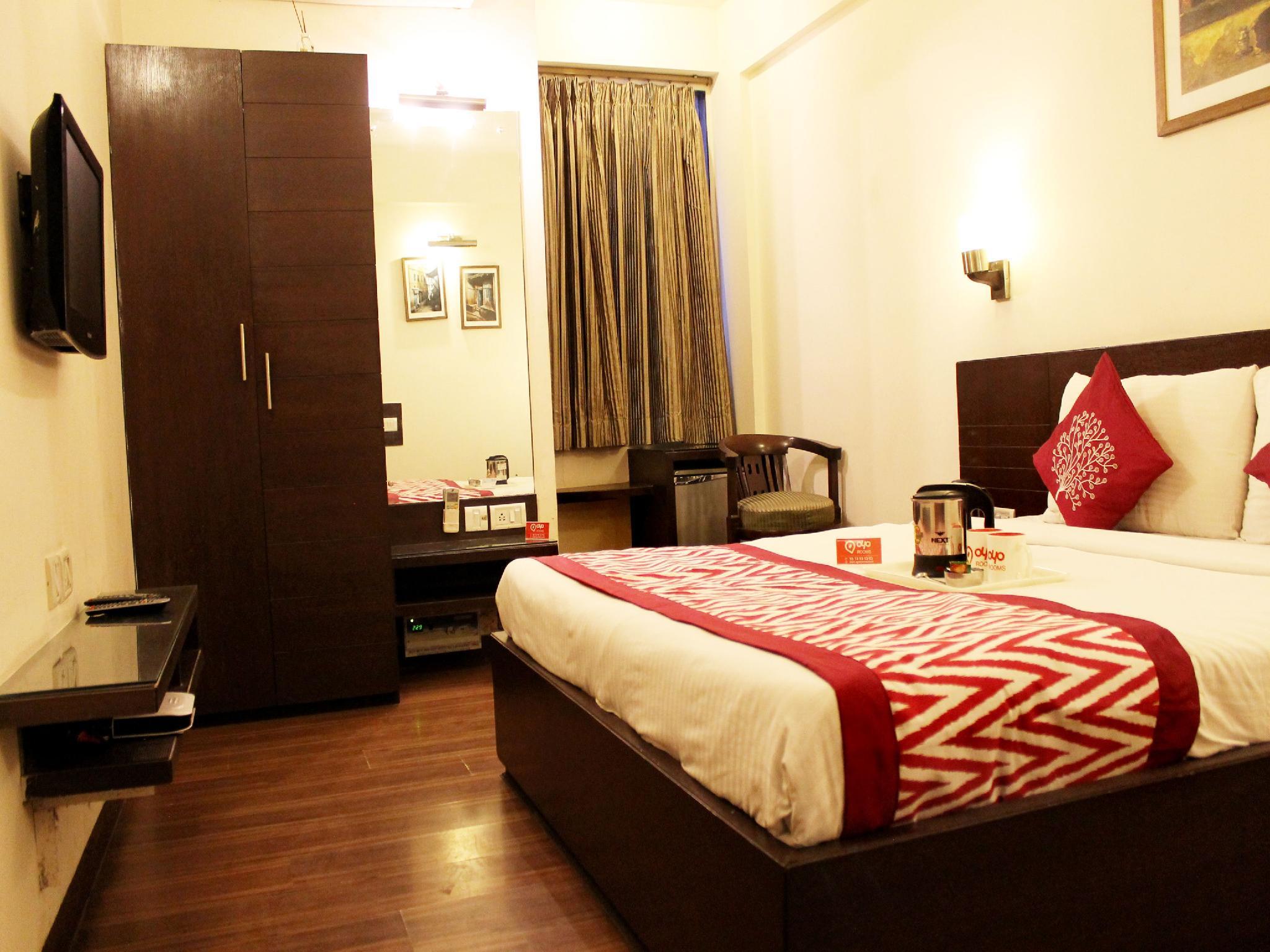 Review Oyo Rooms Taj East Gate Road
