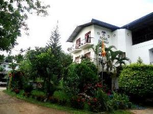 Despre Avinro Garden Hotel (Avinro Garden Hotel )