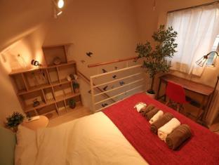 ES 1 Bedroom Apartment in Shinjuku Area Okubo 403