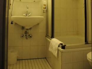 Alte City Pension Berlín - Baño