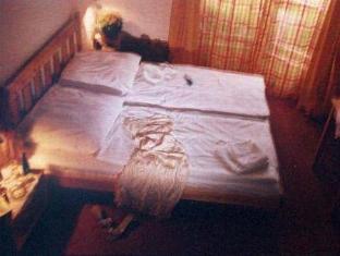 Hotel Intermezzo - Tik moterims Berlynas - Svečių kambarys