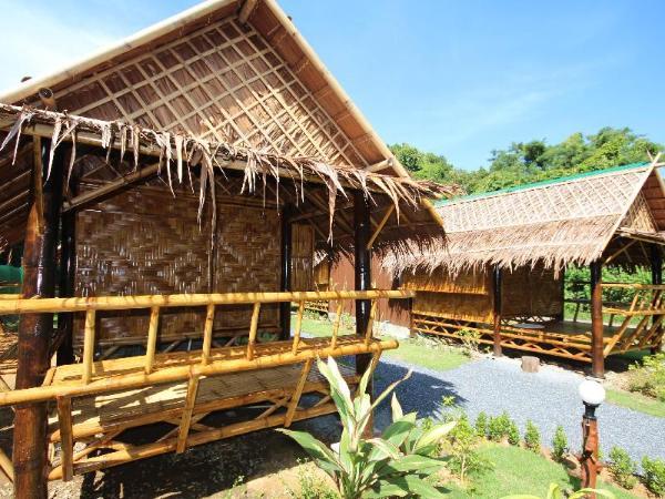 Phuhaya Bamboo Bungalows Koh Lanta