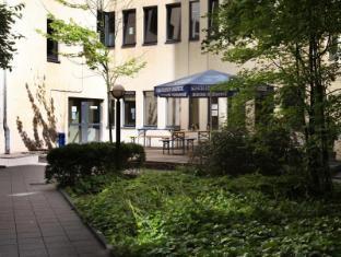 acama Hotel + Hostel Kreuzberg Berlin - Balcony/Terrace