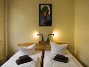 acama Hotel + Hostel Kreuzberg Berlin - Guest Room