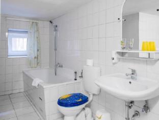 Hotel Bellevue am Kurfürstendamm Berlin - Bathroom