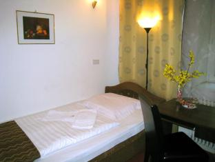 Hotel Amelie Berlin Berlin - Guest Room
