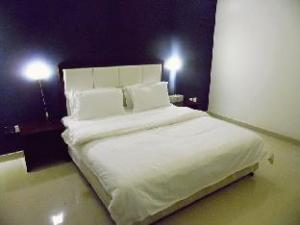 Romooz In Hotel
