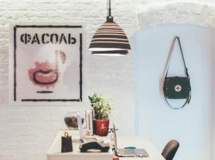 /hi-in/fasol-hostel/hotel/moscow-ru.html?asq=m%2fbyhfkMbKpCH%2fFCE136qb0m2yGwo1HJGNyvBGOab8jFJBBijea9GujsKkxLnXC9
