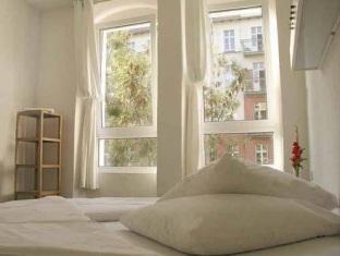 Old Town Hostel Berlin - Guest Room