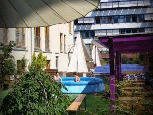 baxpax downtown Hostel/Hotel Berlin - Swimming Pool