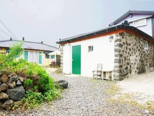 Unnie Guesthouse Jeju