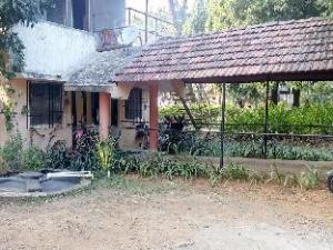 Sadanand Resort