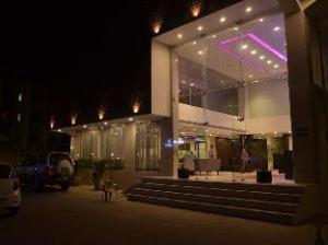 Veronica Hotels