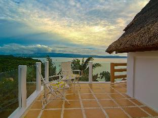 picture 3 of Tropicana Ocean Villas and Apartment