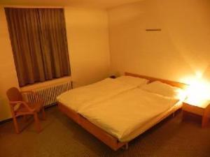 Zys Hotel