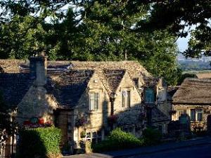 더 램 인  (The Lamb Inn)