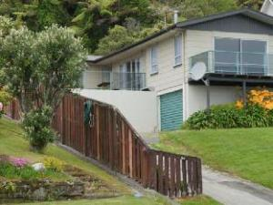 Gold Coast Holiday Home - Greymouth