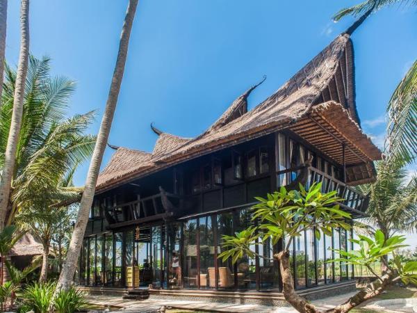 Most Exotic Beachfront Villa Keong Bali