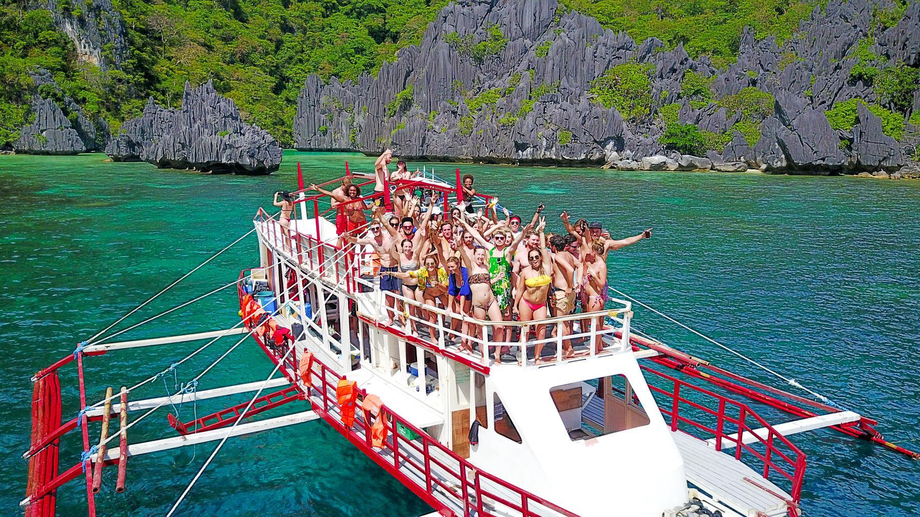 El Nido Party Boat Expeditions