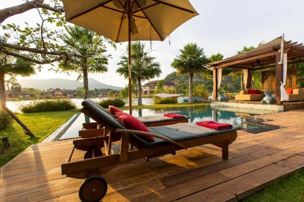 Dasiri Exceptional Lakefront Villa Hua Hin