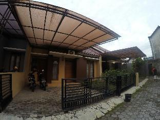 Rumah Coklat Guesthouse