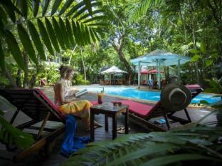 Green Island Resort Cairns - Guest Room