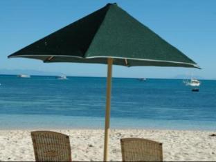 Green Island Resort Cairns - Beach
