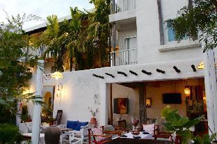 デ リット ホテル De Lit Hotel