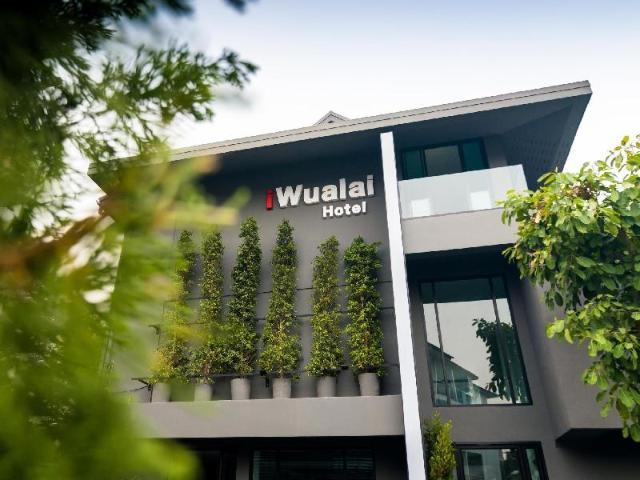 โรงแรมไอวัวลาย – iWualai Hotel