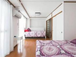 Urban Plaza Private Apartment