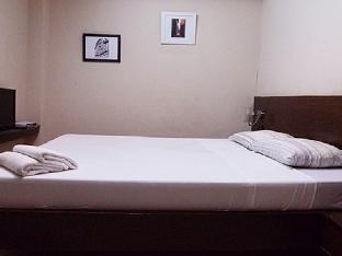 picture 4 of Janus Luxury Suites