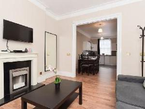 Kings Cross North 2 Bedroom Apartment