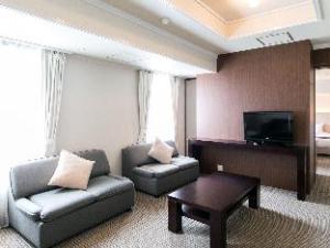 Om Mito Crystal Palace (Hotel Crystal Palace)
