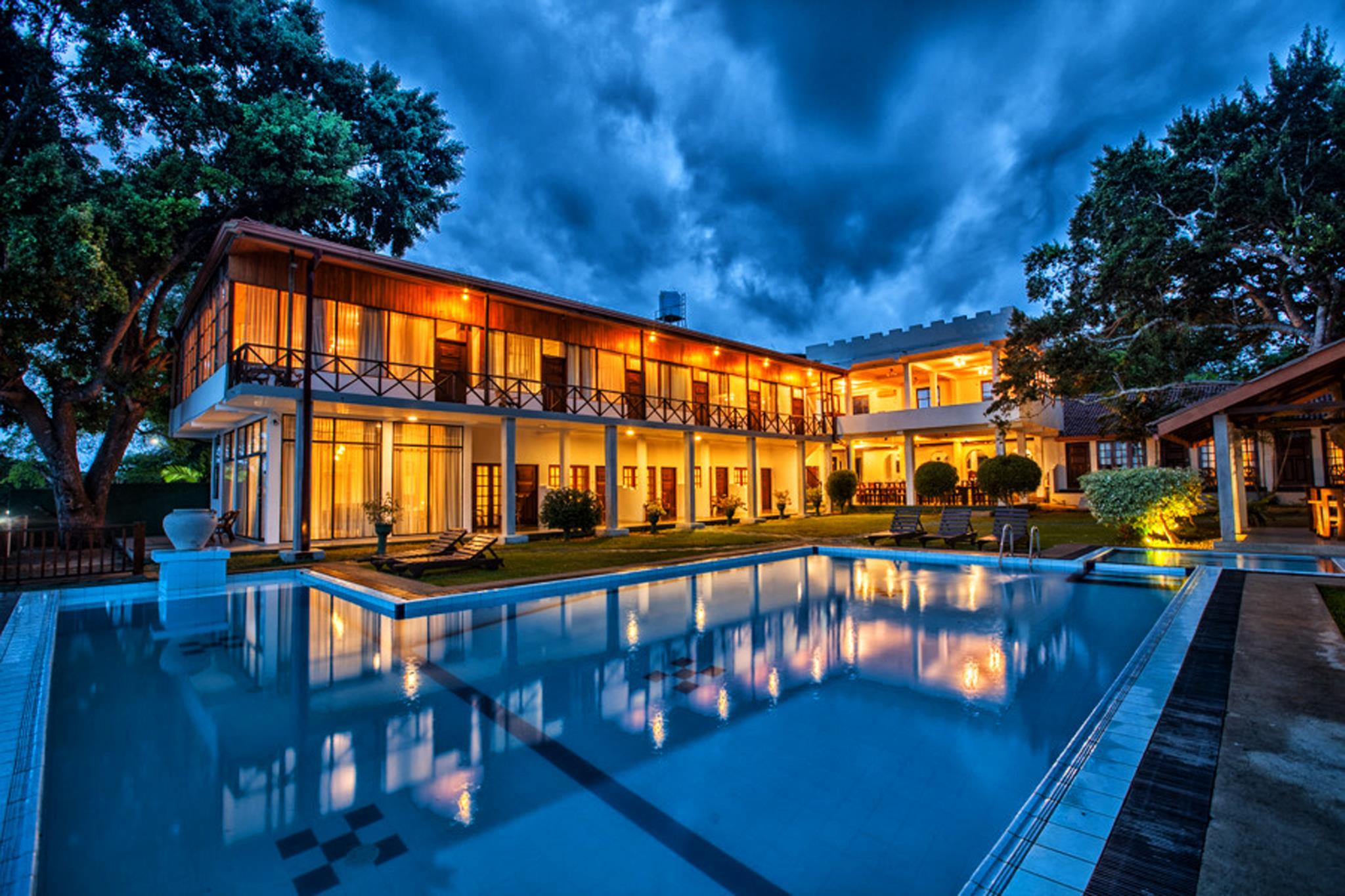 Oak Ray Lake Resort