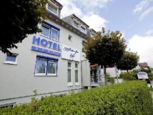 關於默赫林格爾霍夫阿森特飯店 (Akzent Hotel Moehringer Hof)
