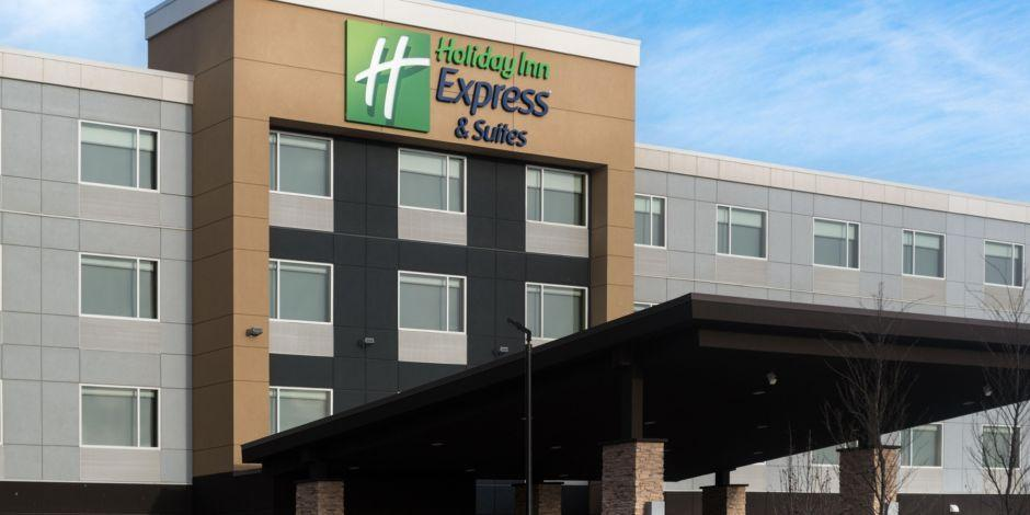 Holiday Inn Express And Suites West Edmonton Mall Area