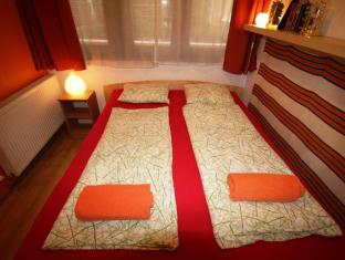 Broadway Hostel Budapest - Guest Room