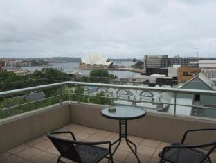 Rendezvous Hotel Sydney The Rocks Sydney - Balcony/Terrace