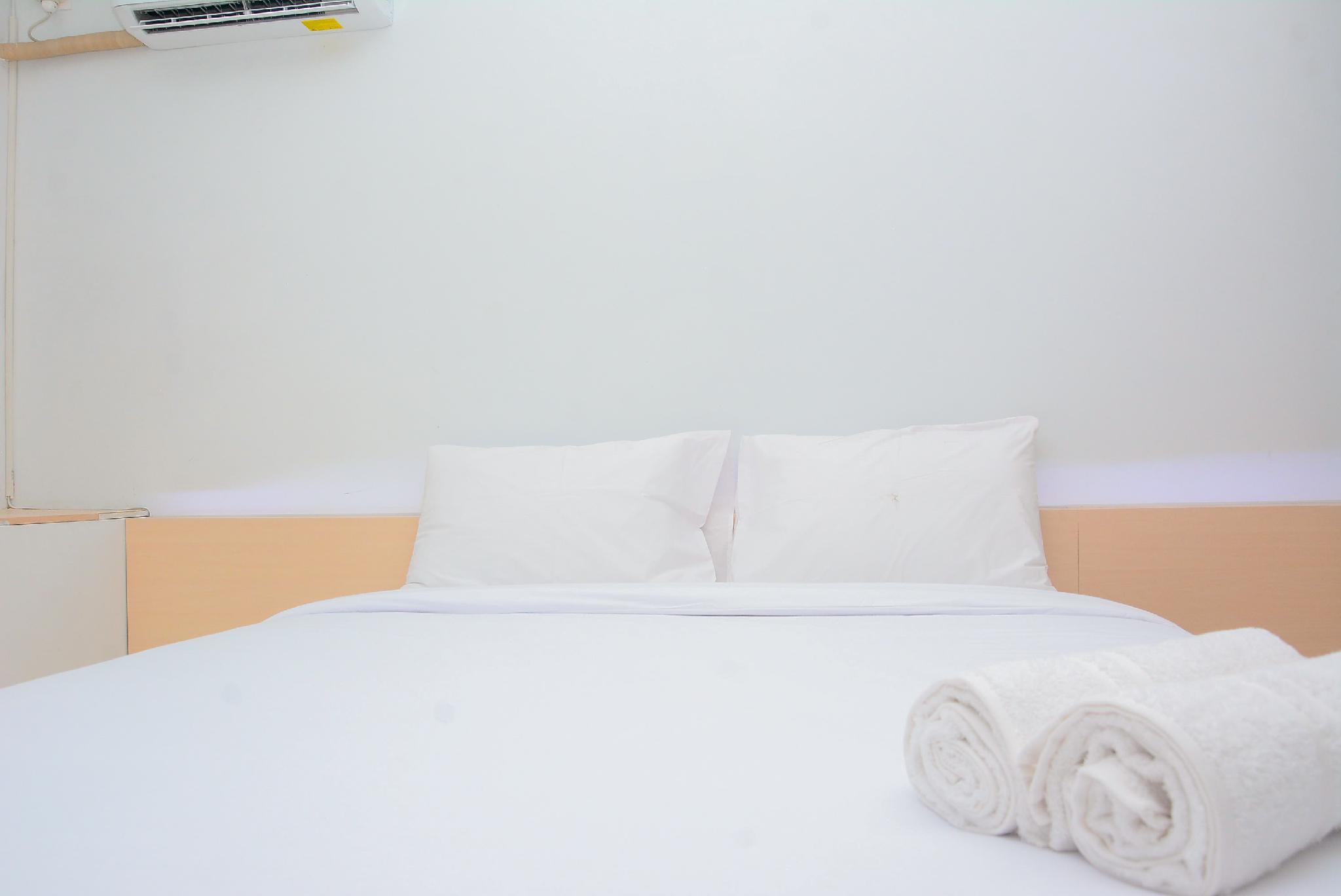 Best Price Studio Apt Patraland Urbano By Travelio