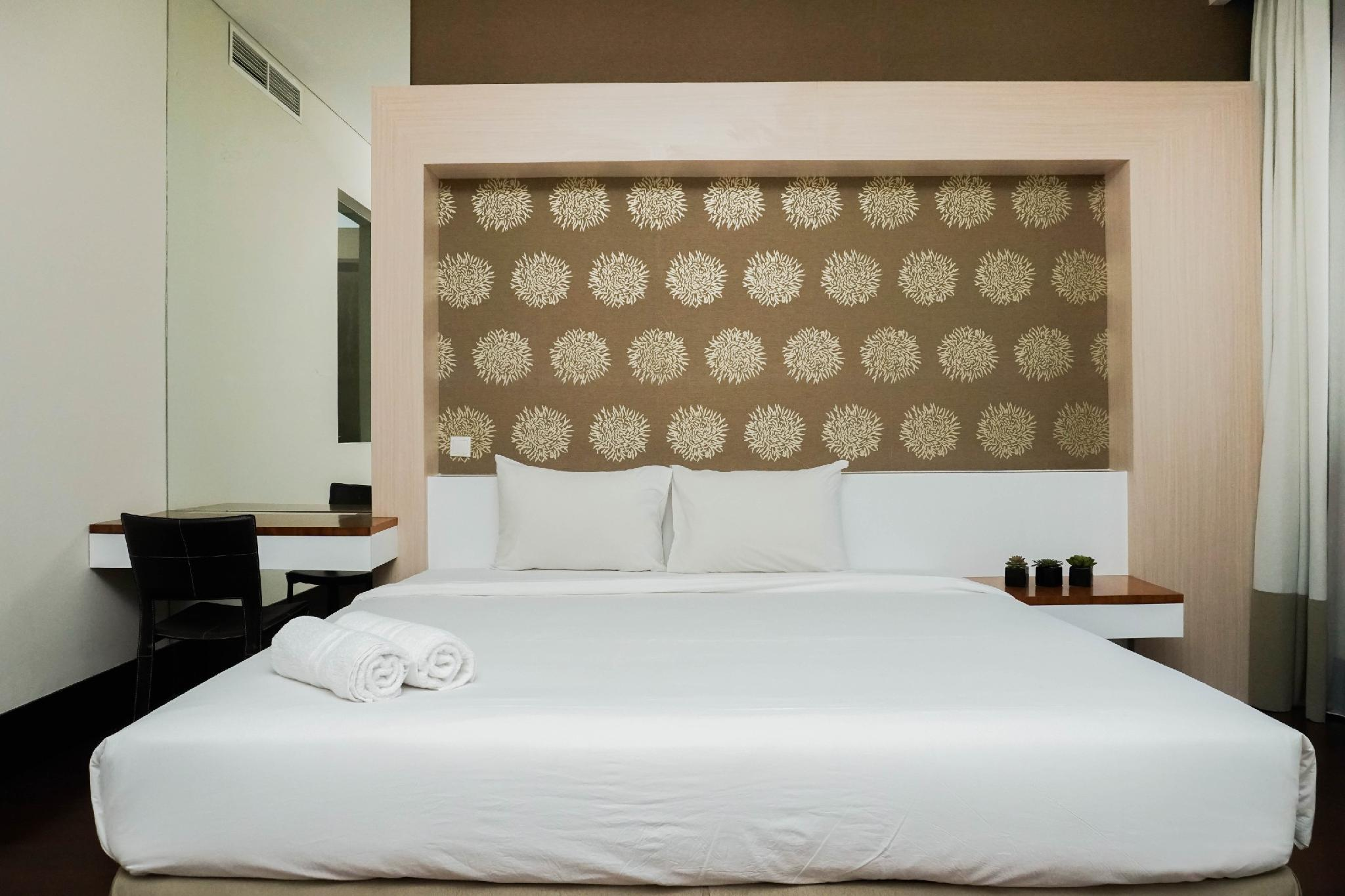 Exclusive 3BR Apt At Pearl Garden By Travelio