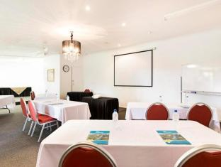 Seagulls Resort Townsville - Meeting Room