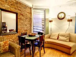 (Times Square 1BR 1)