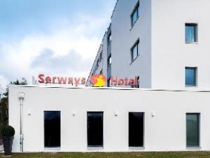 โรงแรมเซอร์เวย์ ไวสส์เคียร์เชน นอร์ด (Serways Hotel Weisskirchen Nord)