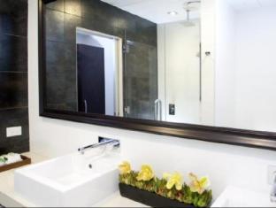 Rydges Auckland Auckland - Bathroom