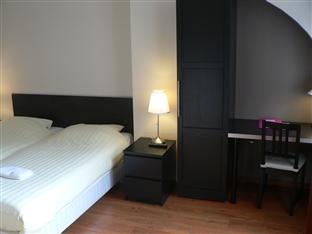 Economy Hotel Utrecht - Double Room