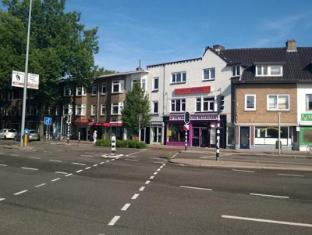 Economy Hotel Utrecht - Surroundings