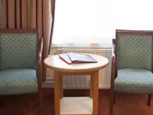 Economy Hotel Utrecht - Interior