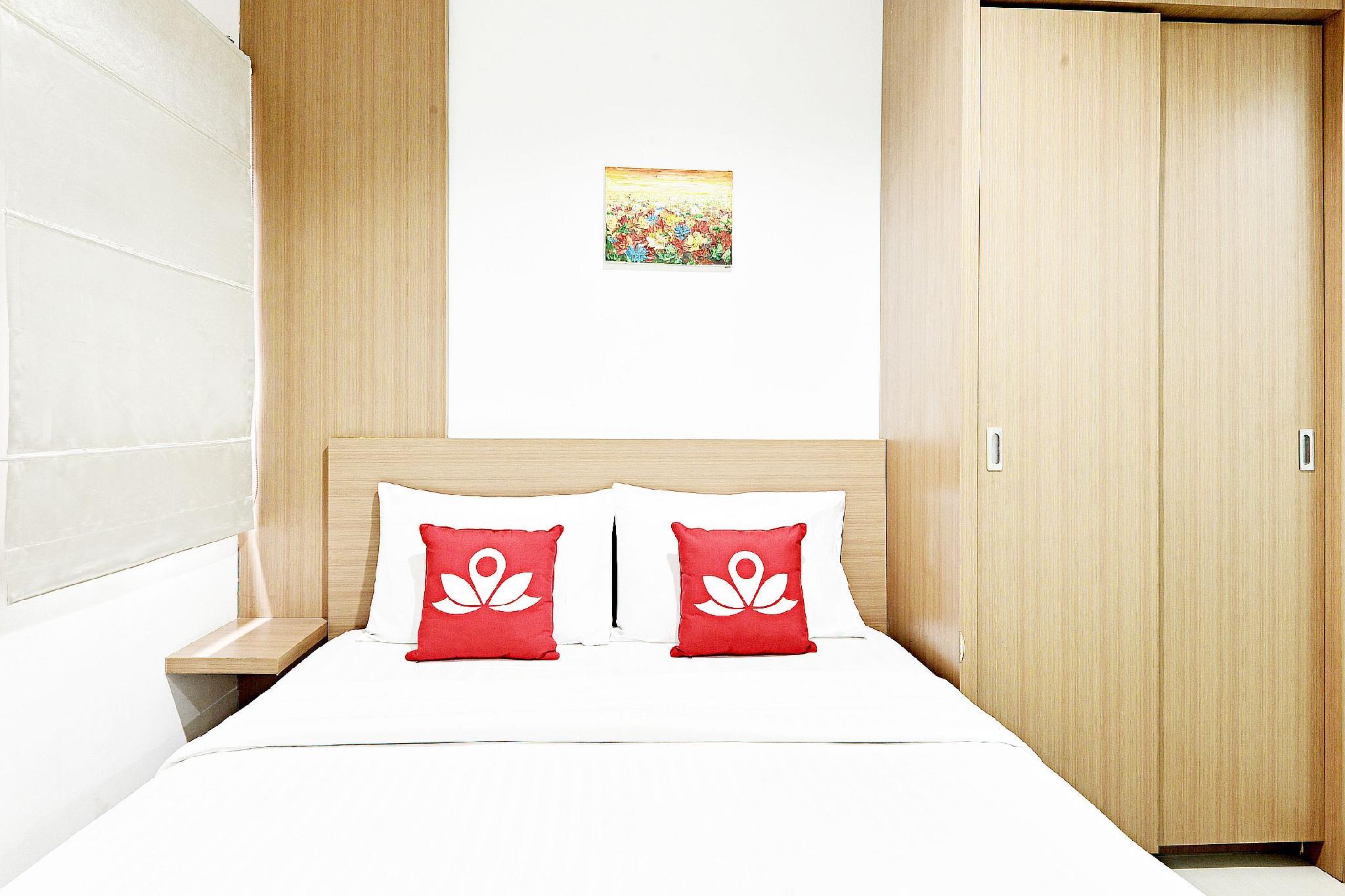 ZEN Rooms Near Bunderan HI
