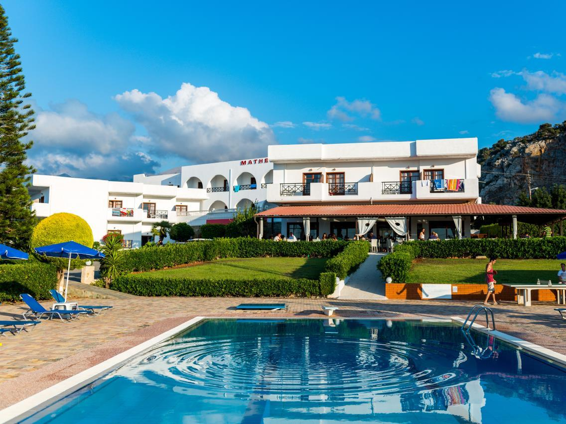 Hotel Matheo Villas And Suites