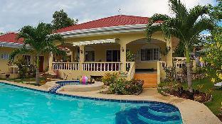 picture 1 of Casa Mannis Garden